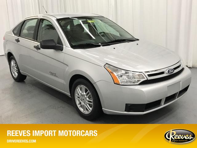 Pre-Owned 2011 Ford Focus 4dr Sdn SE
