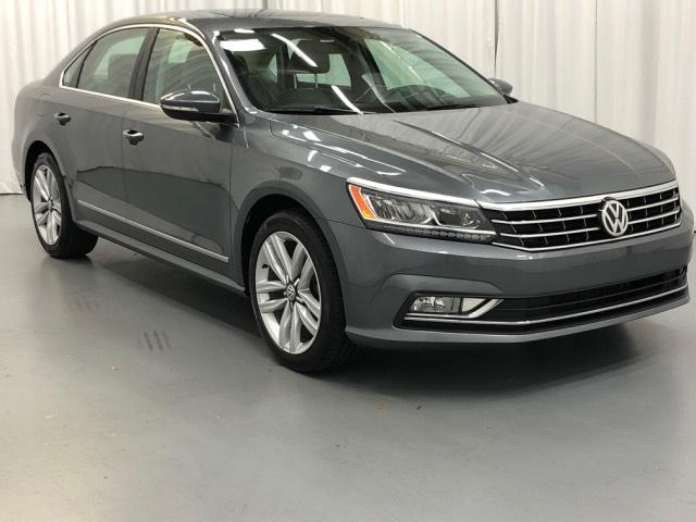 Certified Pre-Owned 2015 Volkswagen Passat 4dr Sdn 1.8T Auto Limited Edition P