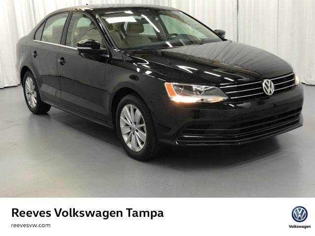 Certified Pre-Owned 2016 Volkswagen Jetta 4dr Auto 1.4T SE w/Connectivity