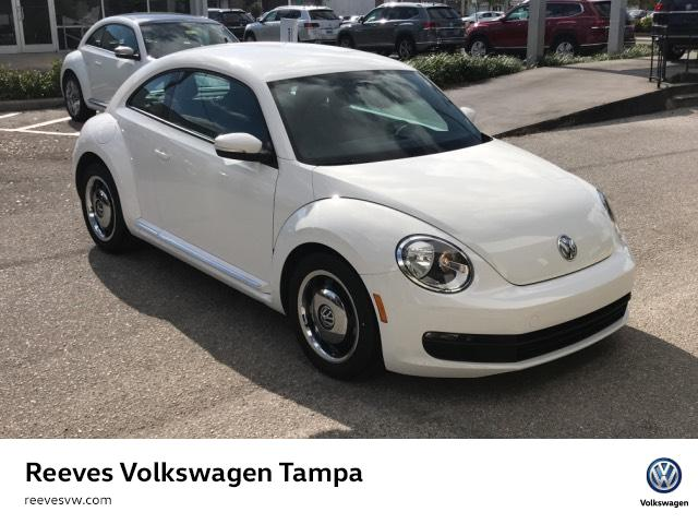 Certified Pre-Owned 2012 Volkswagen Beetle 2dr Cpe Auto 2.5L