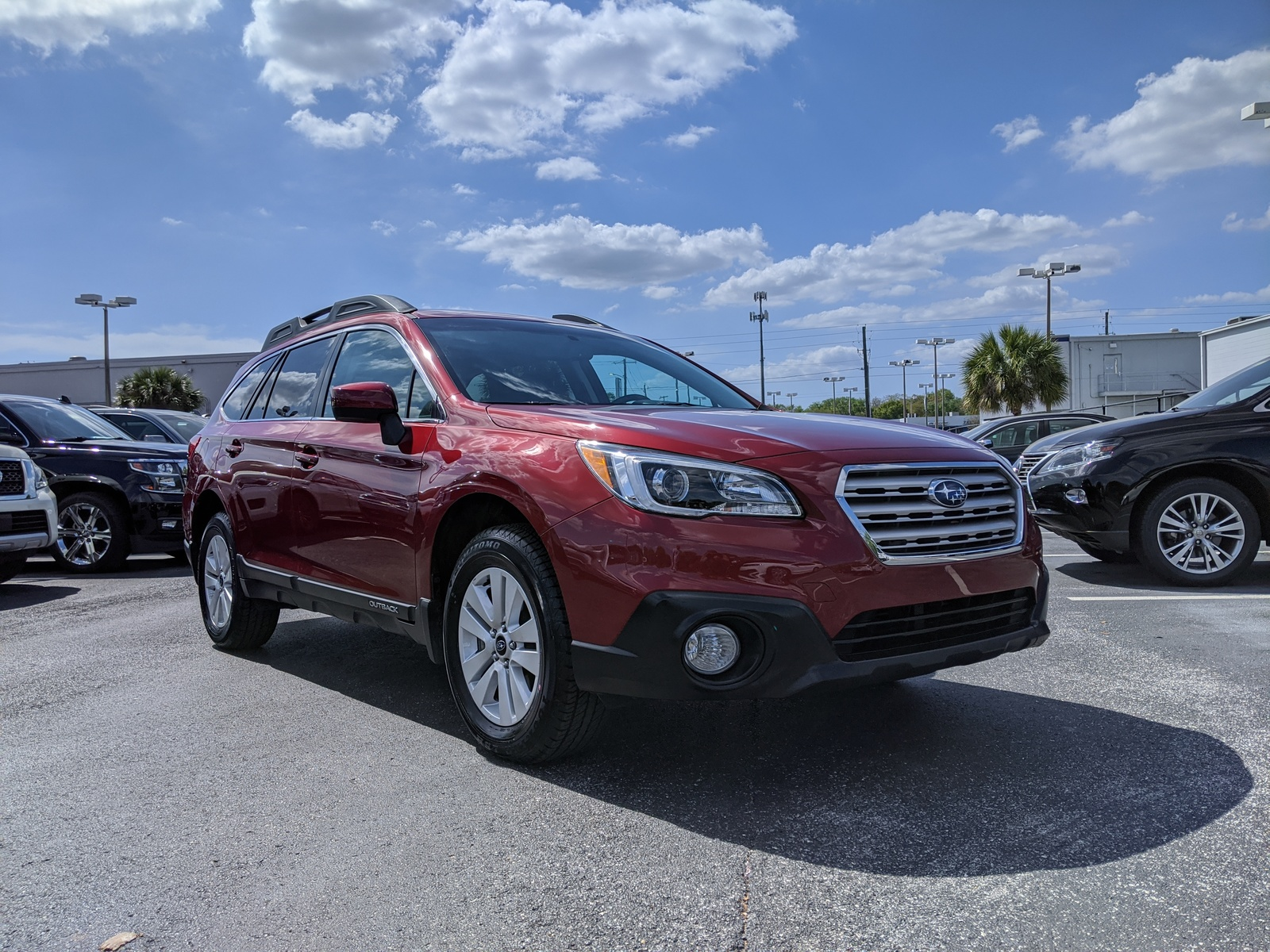 Certified Pre-Owned 2015 Subaru Outback 4dr Wgn 2.5i Premium PZEV