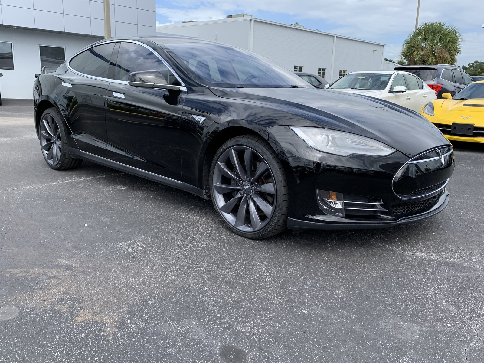 Pre Owned Tesla >> Pre Owned 2013 Tesla Model S Performance Rwd 4dr Car