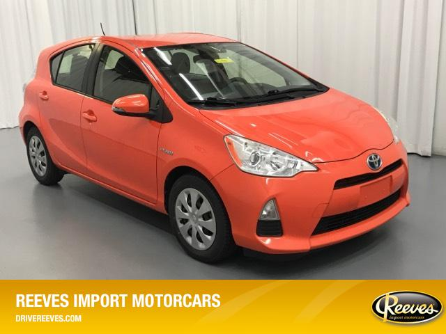 Pre-Owned 2012 Toyota Prius c 5dr HB Two