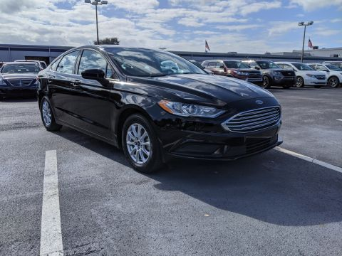 Pre-Owned 2017 Ford Fusion S FWD
