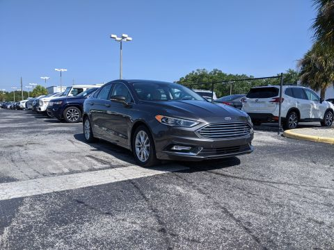 Pre-Owned 2017 Ford Fusion Energi Titanium FWD With Navigation