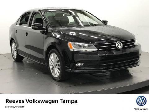 Certified Used Volkswagen Jetta 4dr Auto 1.8T SE w/Connectivity/Nav