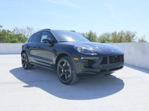 New 2020 Porsche Macan Turbo AWD With Navigation & AWD