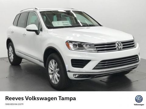 New 2017 Volkswagen Touareg V6 Sport w/Technology AWD